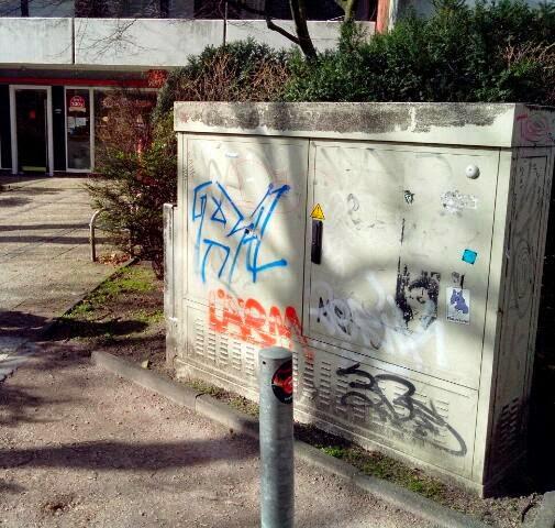 kleines Stencil in Hamburg Winterhude