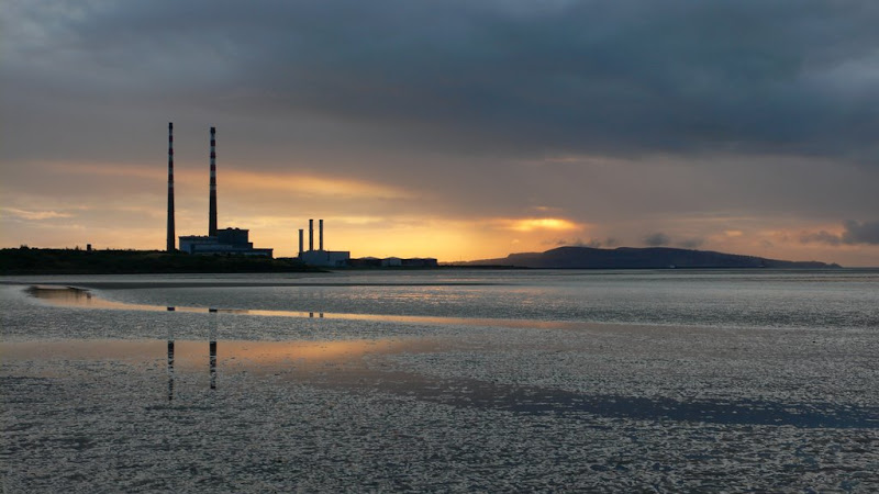 Autumn sunrise on Sandymount strand-Elspeth Lee.JPG