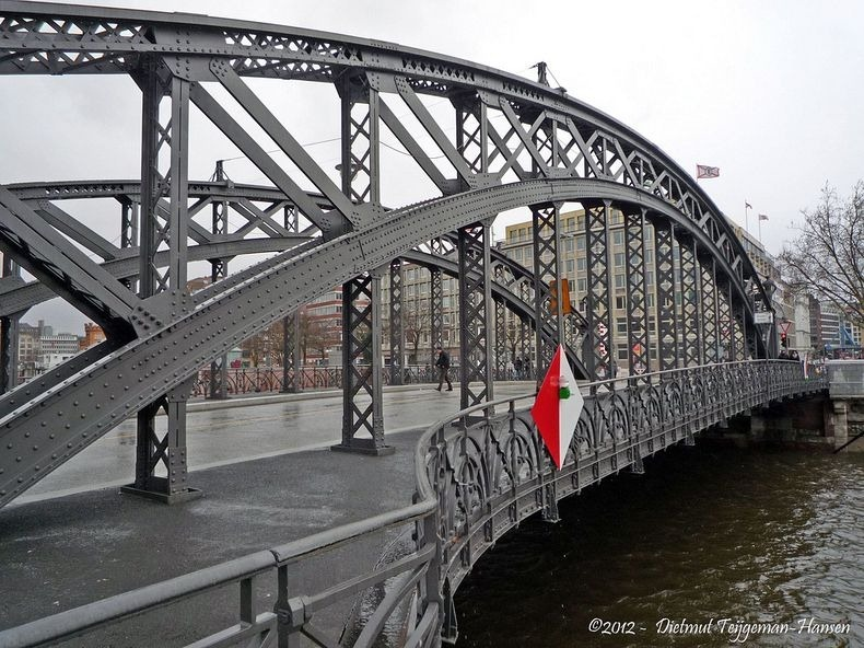 hamburg-bridges-1