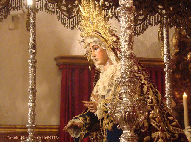 Esperanza de la O - Besamanos 2011 (27).jpg