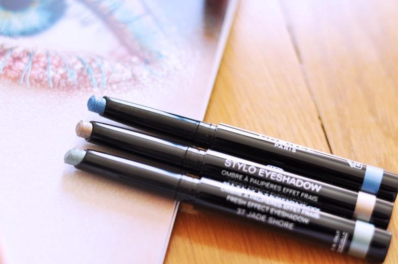 stylo eyeshadow chanel