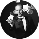 Stefan Ebinger - Magician & Corporate Entertainer