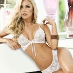 Lina Posada – Sexy Fotos Catalogo Lencería Besame 2012 Foto 27
