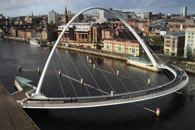 gateshead-millennium-bridge-7