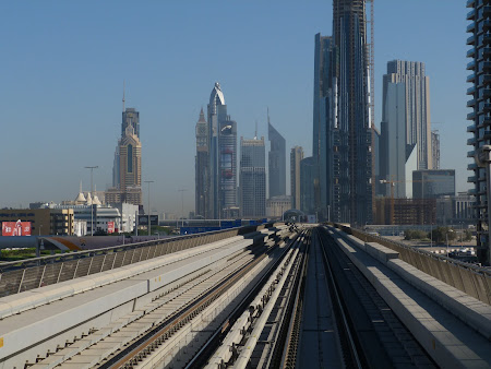 2. Metro Dubai.JPG