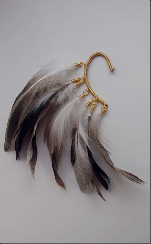 ear-cuff-chunky-feathers