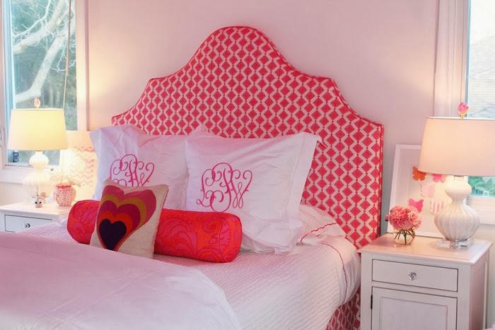 quarto-rosa-e-branco