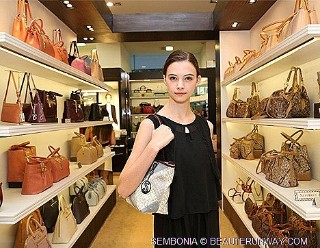 SEMBONIA SPRING SUMMER 2013 HANDBAGS TOTE SHOULDER BAG  LEATHER WALLET ACCESSORIES SHOES FALL WINTER 2012  COLLECTION MINI COUNTRY MAN CAR Singapore, Malaysia, Indonesia, Vietnam young, trendy fashion conscious
