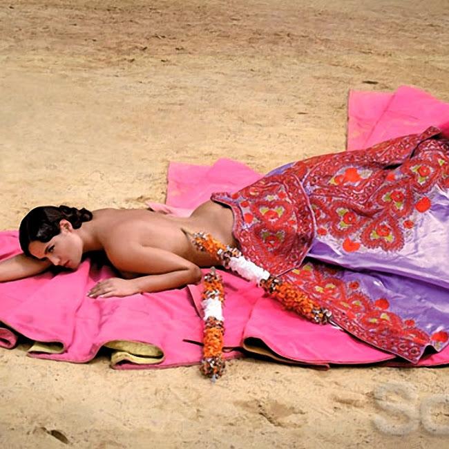 Ana Lucia Dominguez Desnuda SoHo Foto 1