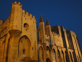 Palais des Papes by night à Avignon