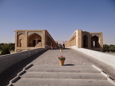 02. Podul Khaju Esfahan.JPG