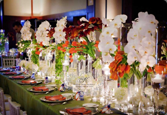 Modern-head-table-wedding-flowers karen tran
