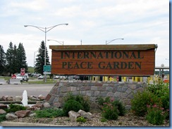 2352 North Dakota USA & Manitoba Canada - International Peace Garden - sign