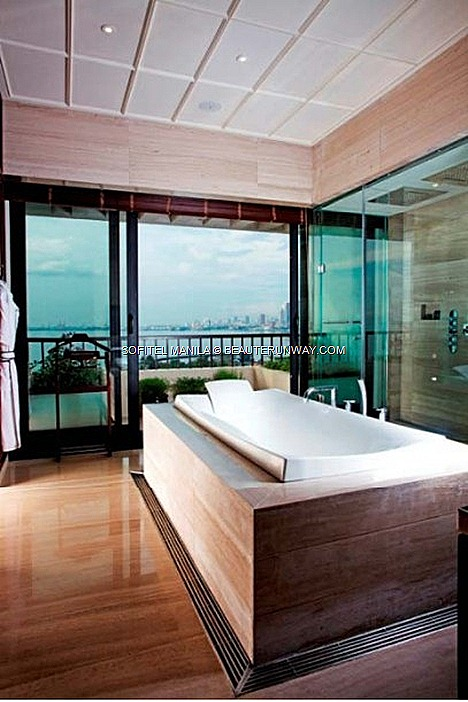 The Imperial Residence Suite Sofitel Philippine Plaza Manila Master bathroom prestigious luxurious manila bay city views Le Spa