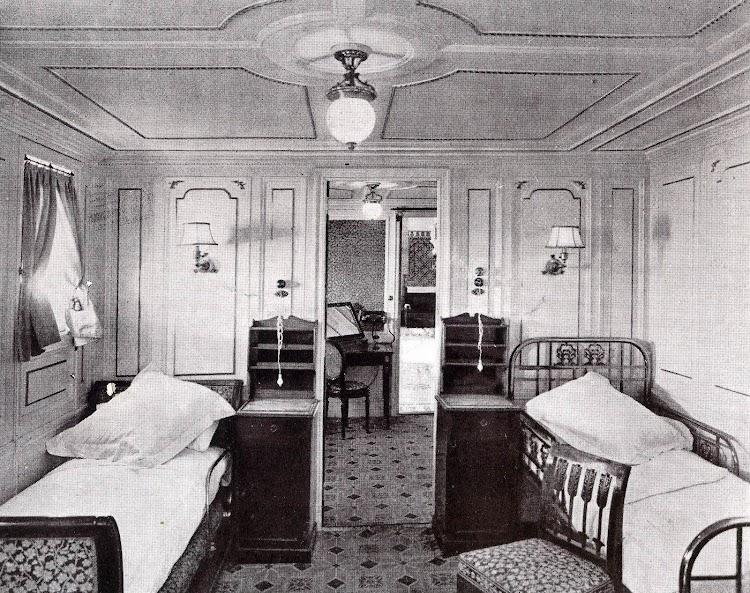 Camarote de Primera Clase. ALFONSO XIII. Foto del libro OBRAS S.E. de C.N. 1923.jpg