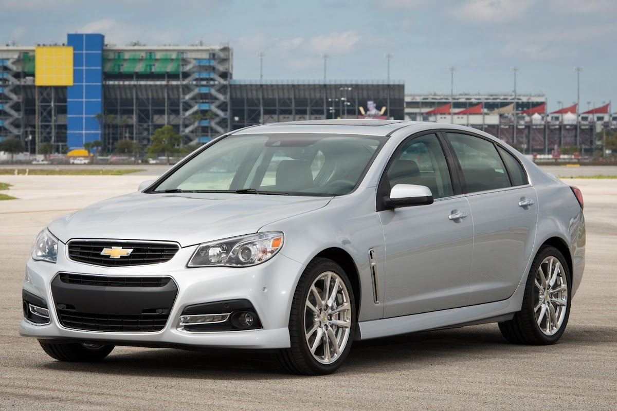 2014 Chevrolet SS Officially Unveiled, Gets 415HP 6.2-liter LS3 V8 ...