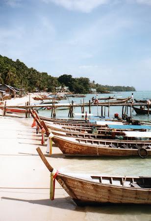 Obiective turistice Thailanda: barci Phi Phi