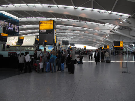 16. Heathrow.JPG
