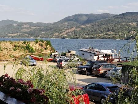 Pensiune in Cazanele Dunarii: Priveliste din camera pensiunea Danubia