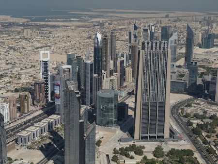 08. Panorama Sheikh Zayed Rd.JPG