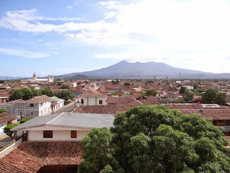 28. Panorama vulcan Mombacho.JPG
