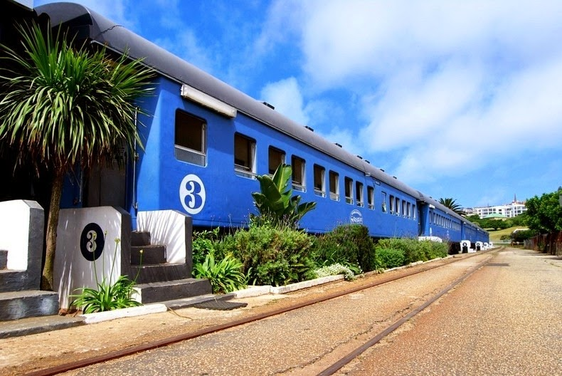 santos-express-train-lodge-11
