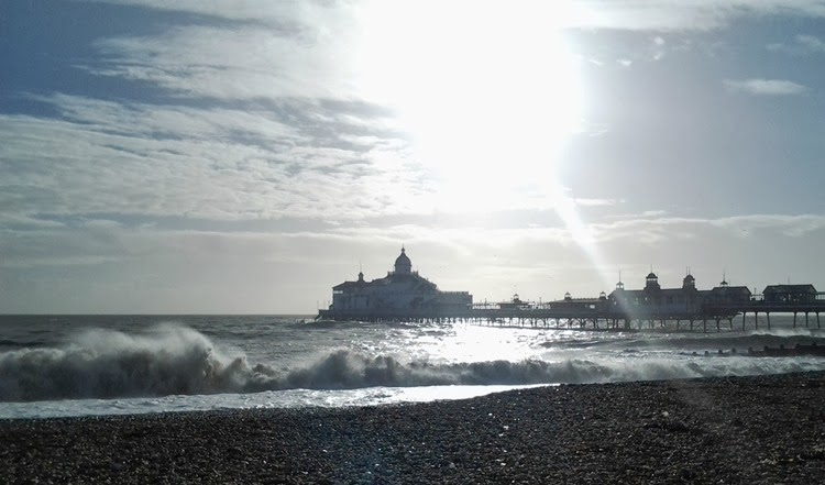 rough waves at eastbourne pier