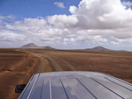18. Off-road in Sal.JPG