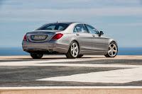 2014-Mercedes-S-Class-18.jpg