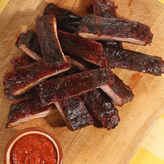 Oven-Roasted Ribs with Barbecue Sauce.