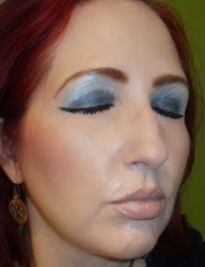 wearing 3D Eyeshadow in irresistible  midnight date from essence cosmetics_eyes closed