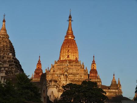Manastire budista Bagan Myanmar