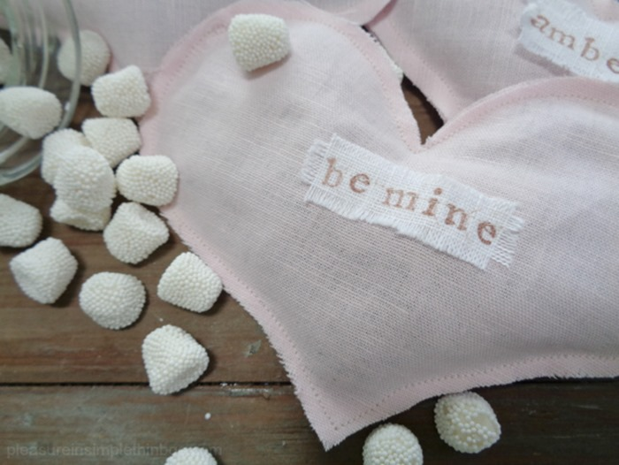 easy-diy-linen-heart-sachets-pleasure-in-simple-things-blog