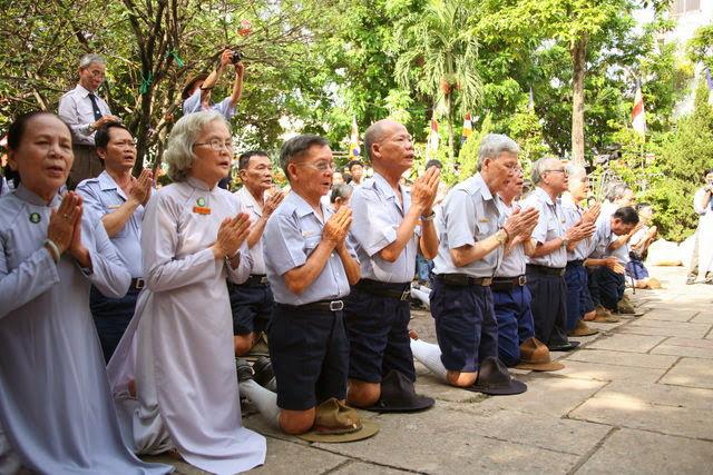 IMG 1836 Đại lễ Phật đản PL 2557 tại Tu viện Quảng Hương Già Lam