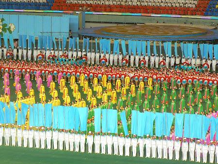 Spectacol omogial Coreea de Nord: Arirang