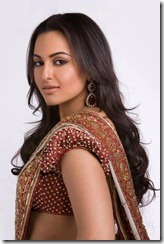 Sonakshi Sinha_in_saree