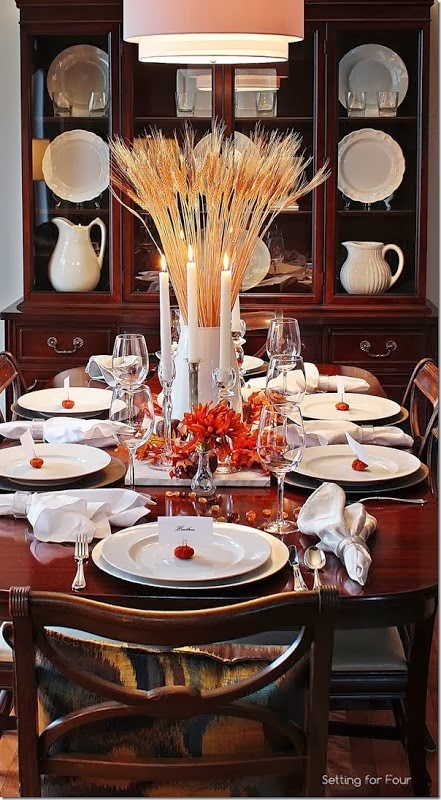 Decorate a table for Thanksgiving_thumb[1]