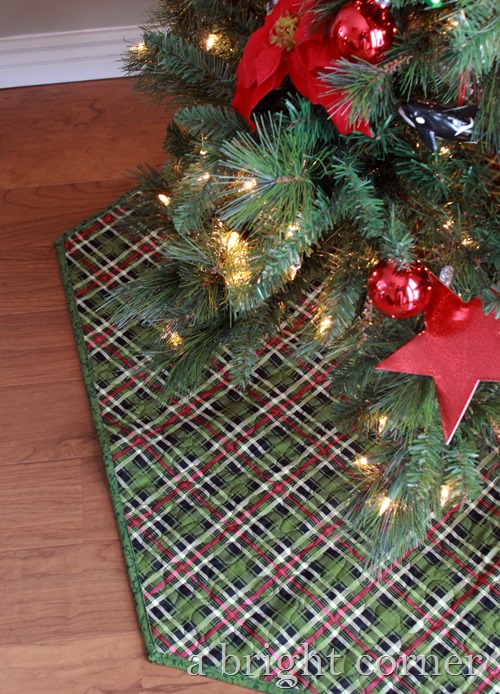 reversible Christmas tree skirt