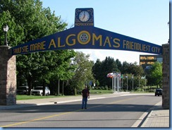 7761 Ontario  - Sault Ste Marie Algoma's Friendliest City arch - Bill