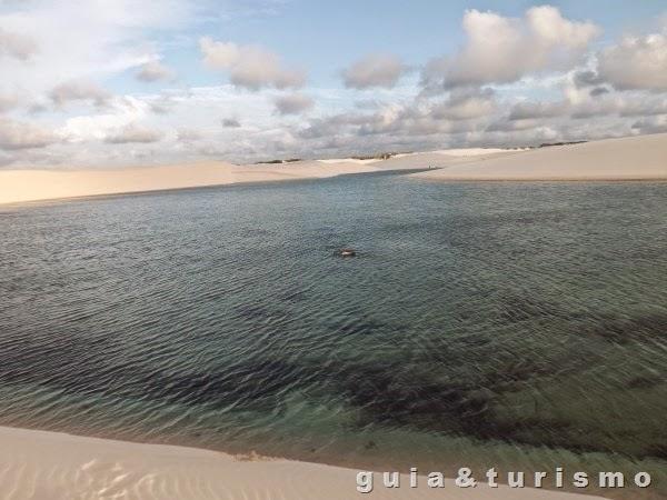 Lagoa Bonita nos Lençóis Maranhenses