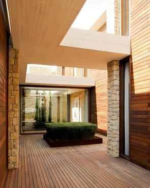 Casa-moderna-Monasterios-Ramón-Esteve