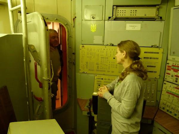 21. intrarea in cabina de comanda.JPG