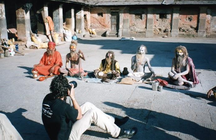 Obiective turistice Nepal: sadhu la Pashupatinath.jpg