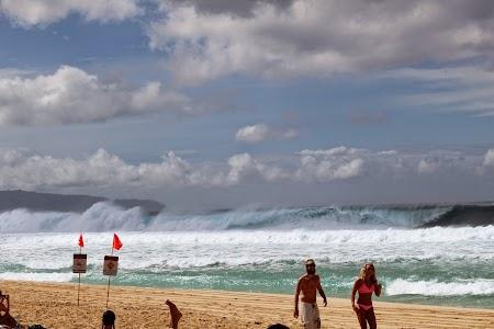 Oahu, Hawaii: Valuri uriase la North Shore