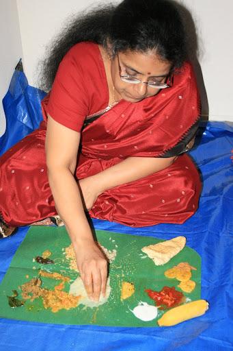 Tamil Kathaigal Of Amma Paal Kudikum Magan Adanih