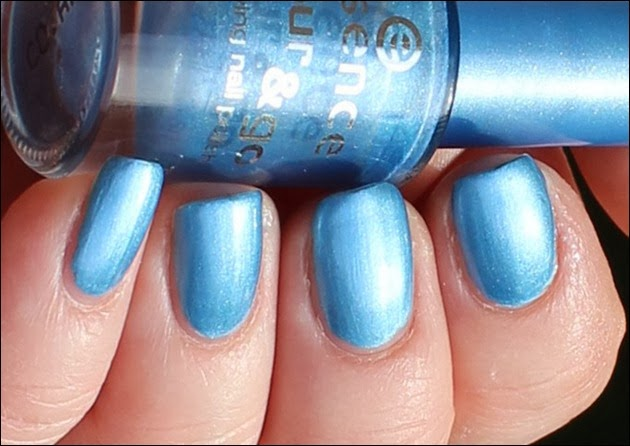 Essence - Gleam in Blue 8