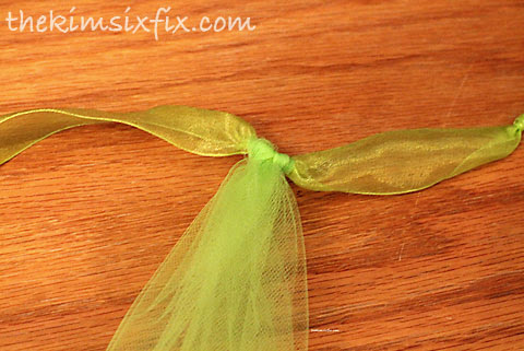 Tulle knot