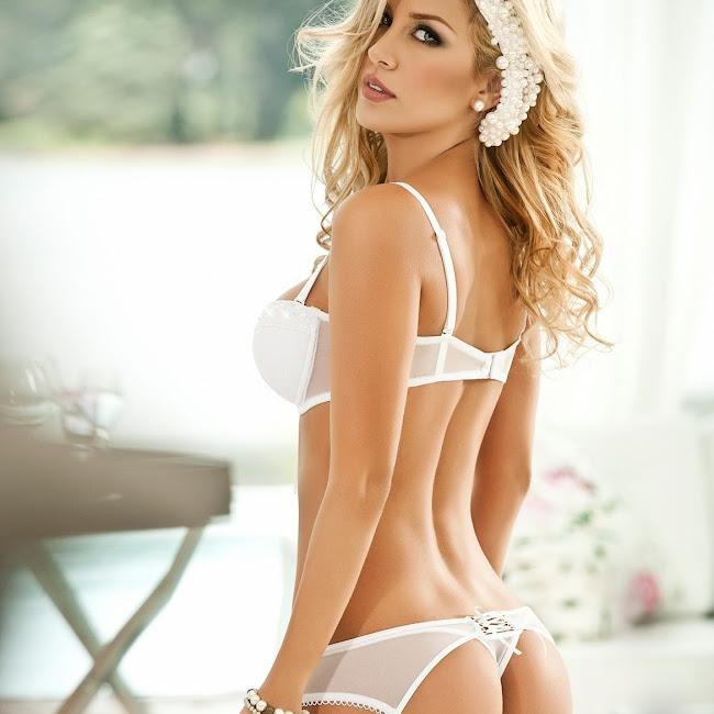 Lina Posada Sexy Fotos Catalogo Besame 2012 Foto 20