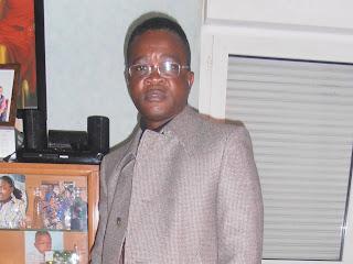 Sylvain Munzila, Congolais vivant à Paris