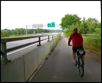 01d - Riding from the campground to the bike trail - bridge over the Mohawk River